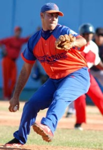 Ismel Jimenez chases National Series pitching Triple Crown